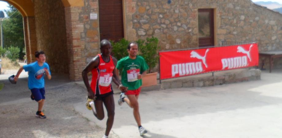 Il Trail a Imera, al nastro arriva e vince il marocchino Boumalik