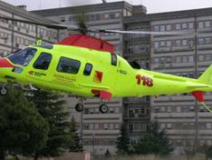Bimbo di 7 anni cade da una golf car: trasportato in elisoccorso all'ospedale Sant'Elia