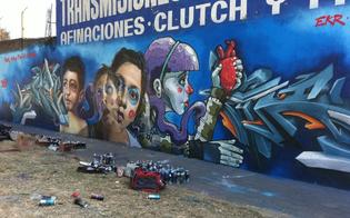 http://www.seguonews.it/come-un-muro-trasmette-unemozione-a-colori-oggi-a-caltanissetta-si-inaugura-il-festival-di-graffiti-e-strett-art