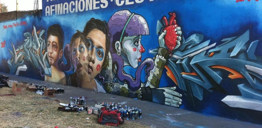 Come un muro trasmette un'emozione a colori. Oggi a Caltanissetta si inaugura il festival di graffiti e street art