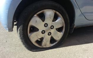 http://www.seguonews.it/intimidazione-a-giornalista-che-ha-denunciato-i-parcheggiatori-abusivi-danneggiata-la-sua-auto