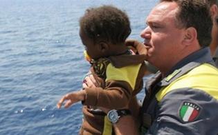 http://www.seguonews.it/sbarco-di-immigrati-a-siracusa-ci-sono-pure-una-disabile-e-un-bebe-di-2-mesi
