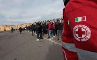 http://www.seguonews.it/solidarieta-delegato-cri-del-senegal-fa-tappa-in-citta-visita-ai-migranti-e-omaggio-al-cimitero-profughi