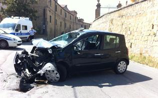 http://www.seguonews.it/caltanissetta-violento-schianto-in-via-xiboli-ferita-una-donna