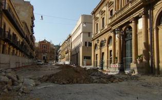 http://www.seguonews.it/lavori-grande-piazza-a-caltanissetta-risarciti-commercianti-con-500-euro-per-8-mesi-di-disagi