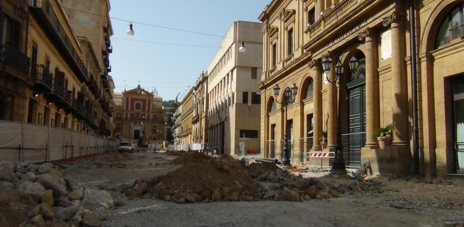 Lavori Grande Piazza a Caltanissetta, risarciti commercianti con 500 euro per 8 mesi di disagi