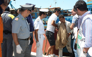 http://www.seguonews.it/tragica-traversata-di-98-somali-a-lampedusa-tre-donne-disperse-in-mare