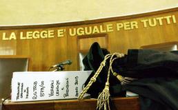 Oculista condannato a Caltanissetta per truffa ed estorsione