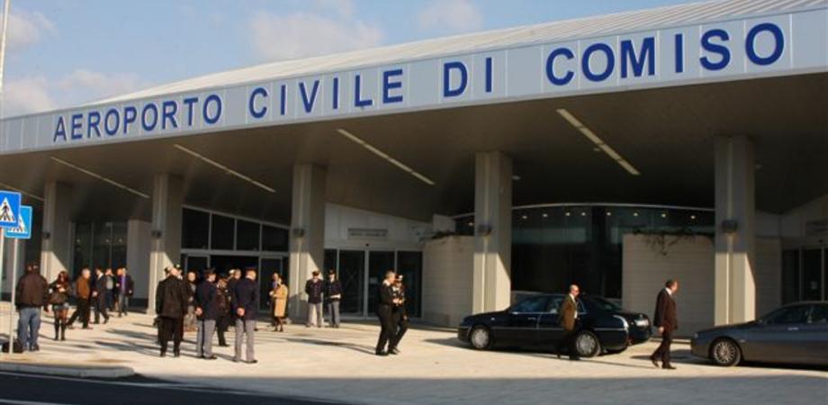 Caro voli in Sicilia, all'aeroporto di Comiso biglietti scontati per i residenti in partenza