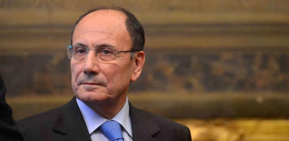 """""""Rapporti con la mafia"""", il gip ordine nuove indagini sul senatore Renato Schifani"""