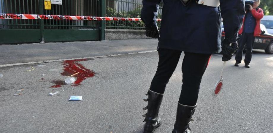 Brandisce sega contro vicini e passanti dopo la multa, un ferito perde il dito. Operaio di Gela accusato di tentato omicidio