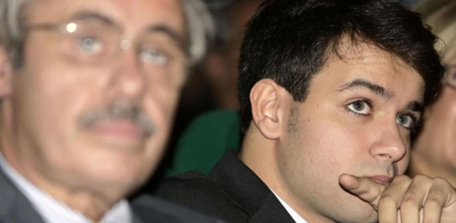 Accusati di voto di scambio alle regionali, assolti l'ex governatore Raffaele Lombardo e il figlio Toti