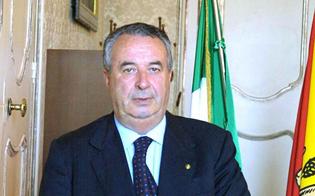 http://www.seguonews.it/canicatti-tra-il-pubblico-ce-il-politico-pregiudicato-salta-la-festa-allarciprete-centenario