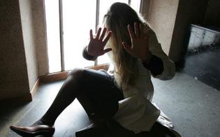 Violenta la figlia 14enne di un amico: rinvio a giudizio per un giovane di Favara