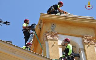 http://www.seguonews.it/spettacolare-intervento-dei-vigili-del-nucleo-saf-per-salvaguardare-il-campanile-della-provvidenza-guarda-le-foto