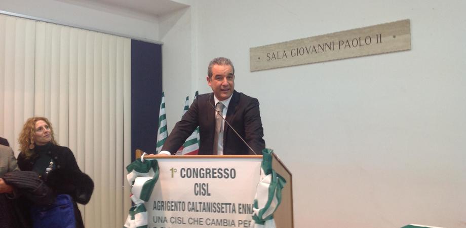 """Riunione Cisl a Caltanissetta su economia in crisi. """"Mancano politiche industriali, Crocetta un irresponsabile"""""""