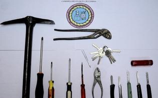 http://www.seguonews.it/poliziotti-assistono-al-furto-in-diretta-gelese-arrestato-a-comiso