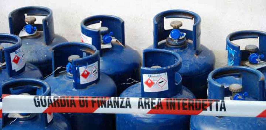 Gela: scoperto in centro deposito illegale di bombole di gas, denunciato titolare