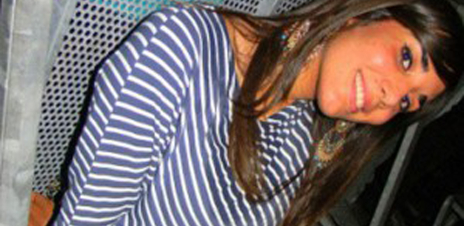 Viaggia sul quad, giovane siciliana strangolata dal pareo: tragedia a Mykonos
