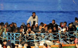 http://www.seguonews.it/tre-sbarchi-nella-notte-in-tutta-la-sicilia-salvati-oltre-500-profughi