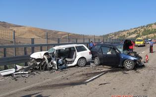 http://www.seguonews.it/canicatti-schianto-allalba-due-morti-e-4-feriti