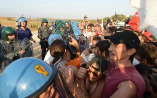 http://www.seguonews.it/raduno-no-muos-a-niscemi-vietato-corteo-nella-sughereta-ce-il-rischio-incendi