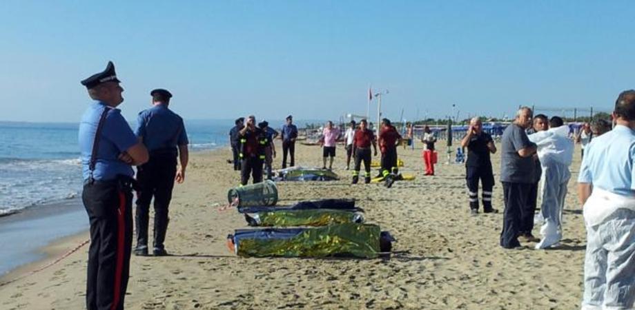 Catania, tragico sbarco alla Playa: morti sei ragazzi