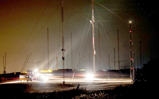 https://www.seguonews.it/niscemi-cresce-la-tensione-10-attivisti-no-muos-si-arrampicano-sulle-antenne
