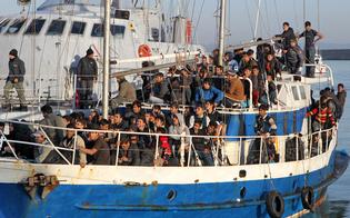 http://www.seguonews.it/sbarchi-senza-fine-500-profughi-soccorsi-sulle-coste-siciliane