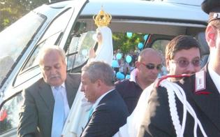 http://www.seguonews.it/festa-di-borgo-petilia-la-statua-della-madonna-arrivera-in-elicottero