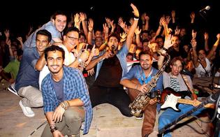 http://www.seguonews.it/evviva-la-vita-merce-fresca-in-concerto-sabato-21-a-s-caterina