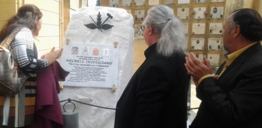 Tripisciano, a cento anni dalla morte dello scultore inaugurata la tomba monumentale