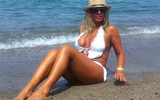 http://www.seguonews.it/miss-forever-2013-sventole-siciliane-in-gara-su-facebook