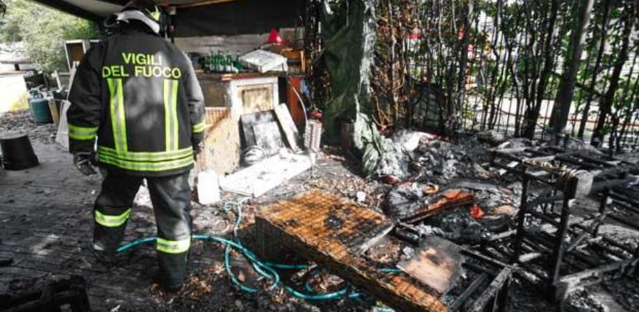 Giallo a Niscemi: entrano in villetta e appiccano le fiamme
