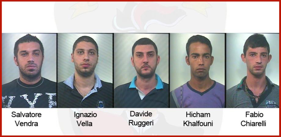Sommatino: rapinano coppietta appartata, arrestati 5 giovani