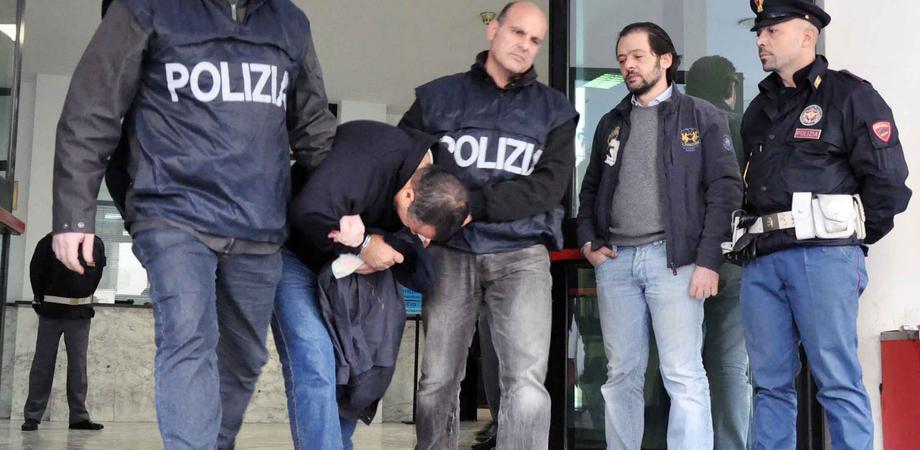 Le mani della mafia sugli appalti pubblici a Caltanissetta: sette arresti LE FOTO