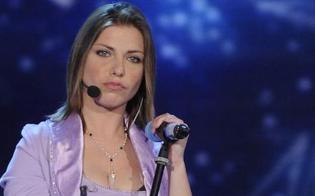 http://www.seguonews.it/san-leone-la-cantante-loredana-errore-ferita-in-incidente-autonomo
