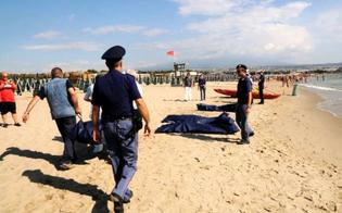 http://www.seguonews.it/tragico-sbarco-a-scicli-muoiono-13-migranti-fermati-due-presunti-scafisti