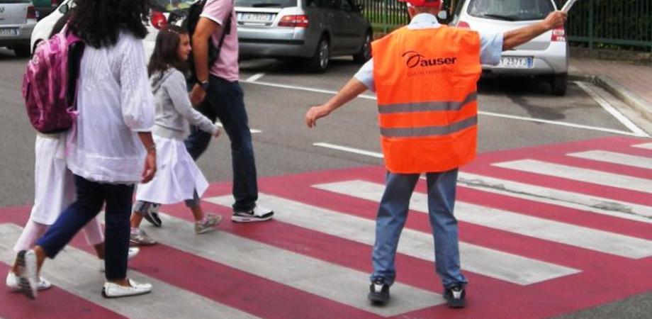 """Nonno vigile davanti le scuole, Aiello: """"Figura da istituire a Caltanissetta"""""""