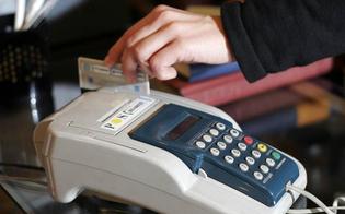 http://www.seguonews.it/pagamenti-con-bancomat-e-carte-di-credito-arriva-un-regalo-da-300-euro-al-via-anche-la-lotteria-degli-scontrini