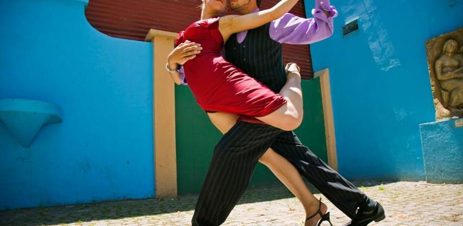"""""""Estate tranquilla"""", ultima giornata col tango e la danza del ventre"""