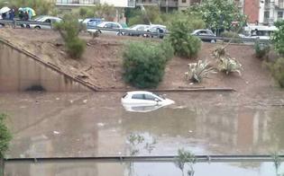 http://www.seguonews.it/palermo-nubifragio-sulla-citta-un-fulmine-distrugge-un-tetto