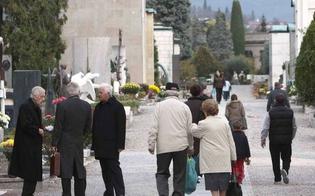 http://www.seguonews.it/defunti-bus-navetta-per-il-cimitero-angeli-orari-e-tragitti-sabato-messa-nella-cappella-testasecca