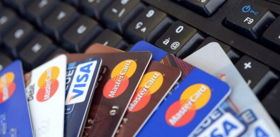 Carte di credito clonate, altri due casi a Caltanissetta. Hacker prosciugano dai conti oltre duemila euro