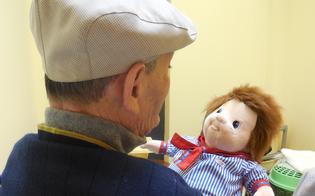 https://www.seguonews.it/etnos-avvia-la-doll-therapy-a-caltanissetta-i-malati-si-prendono-cura-delle-bambole