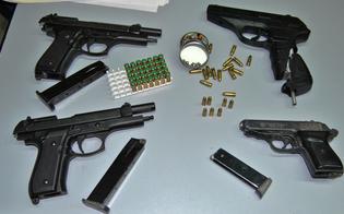 http://www.seguonews.it/niscemi-trovate-quattro-pistole-clandestine-arrestati-suocero-e-genero
