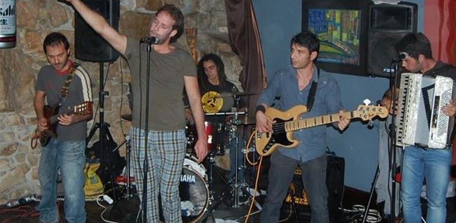 """Baddarò Live Folk: sabato sera al Winner Pub è """"Vietato non ballare"""""""