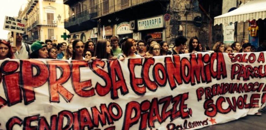 Palermo, corteo degli studenti: si apre l'autunno delle proteste