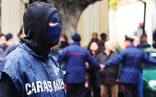 http://www.seguonews.it/maxi-blitz-araba-fenice-due-bande-gestivano-lo-spaccio-42-arresti