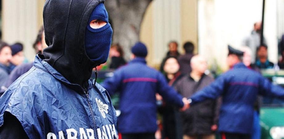 """Maxi blitz """"Araba Fenice"""": due bande gestivano lo spaccio, 42 arresti"""